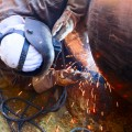 Oil pipeline construction worker (shutterstock_161064989)