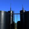 oil tanks (Pixabay)