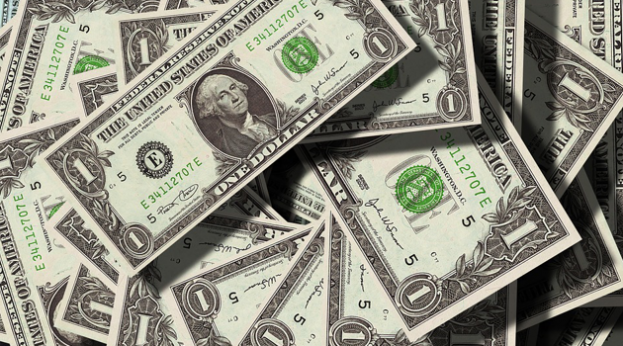US gives another $18m in Aid to Iraq Dollars-pixabay-623x346