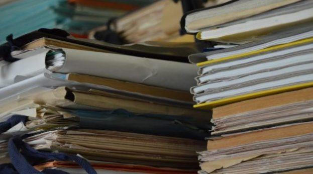 Bureaucracy, paperwork (Pixabay)